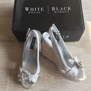 White House Black Market Samira wedges size 8